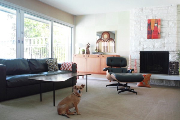House tour a mid century modern mix in los angeles for Big modern house tour