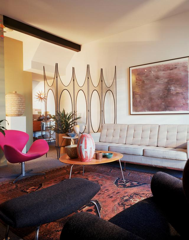 Love for mid century a collector 39 s apartment in san diego for Modern home decor san diego