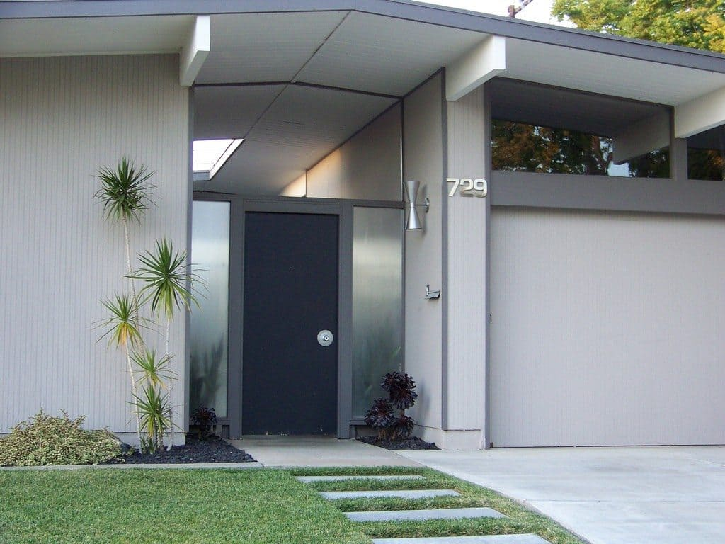 Eichler home by tiki lisa