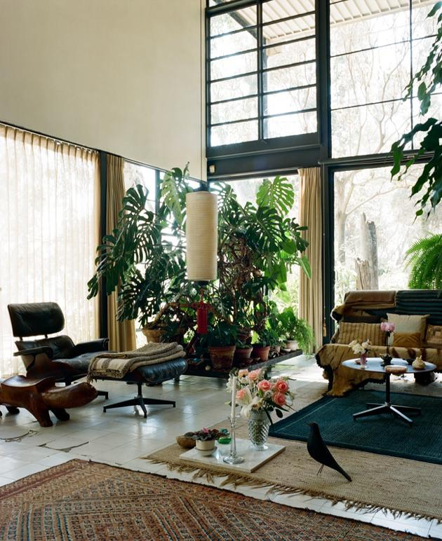 case study house #8 - eames house living room