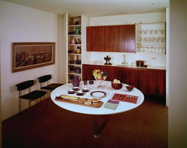 case study house 25 - Killingsworth, Brady and Smith - julius shulman - kitchen