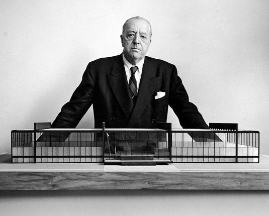 mies van der rohe - crown - illinois institute of technology - chicago