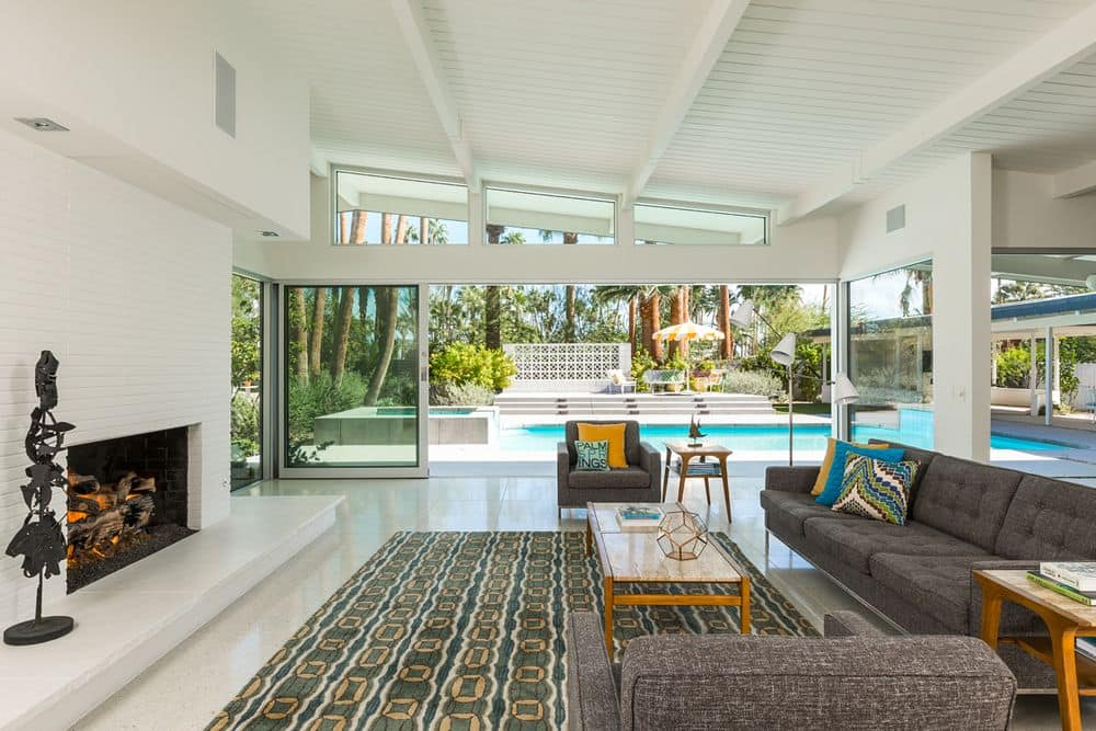 5 mid century houses with interiors to die for mid for Mid century modern furniture palm springs