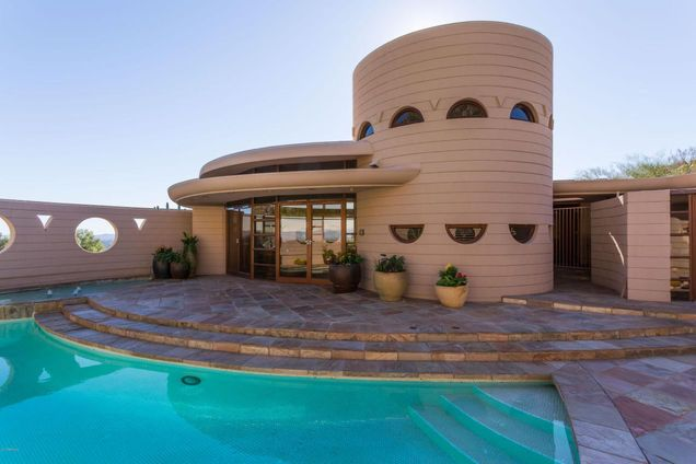 Frank Lloyd Wright Norman Lykes home Arizona exterior swimming pool view