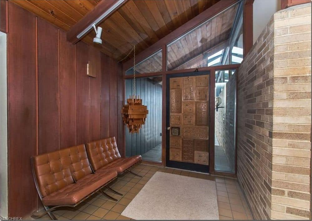 mid century house Cuyahoga Valley architect E. Keith Haag entrance