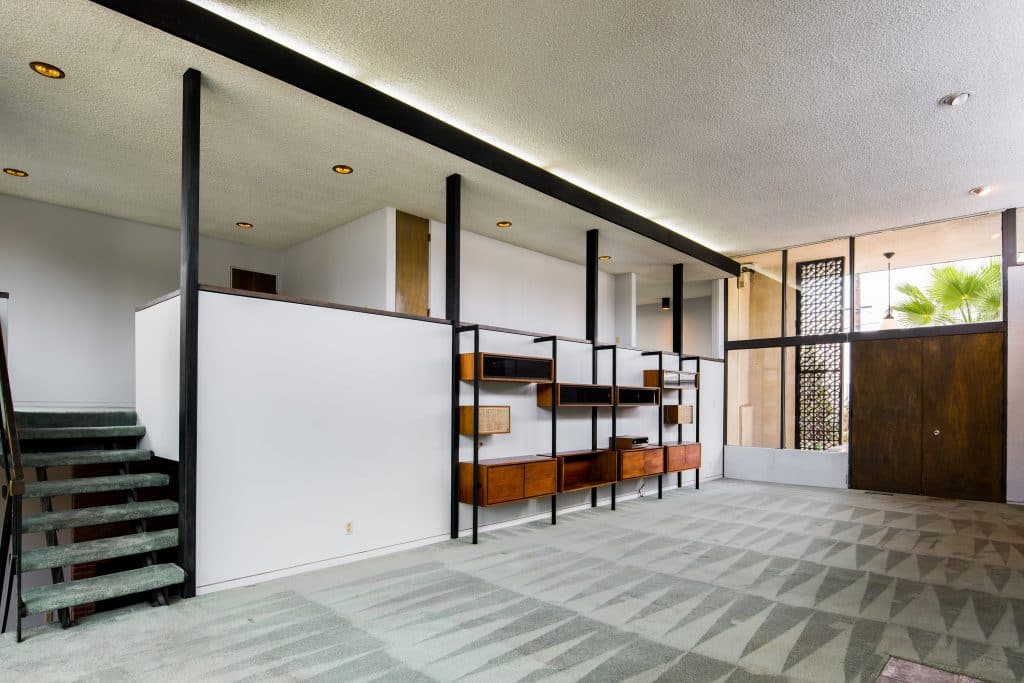 Mid century House in Highland Park living room
